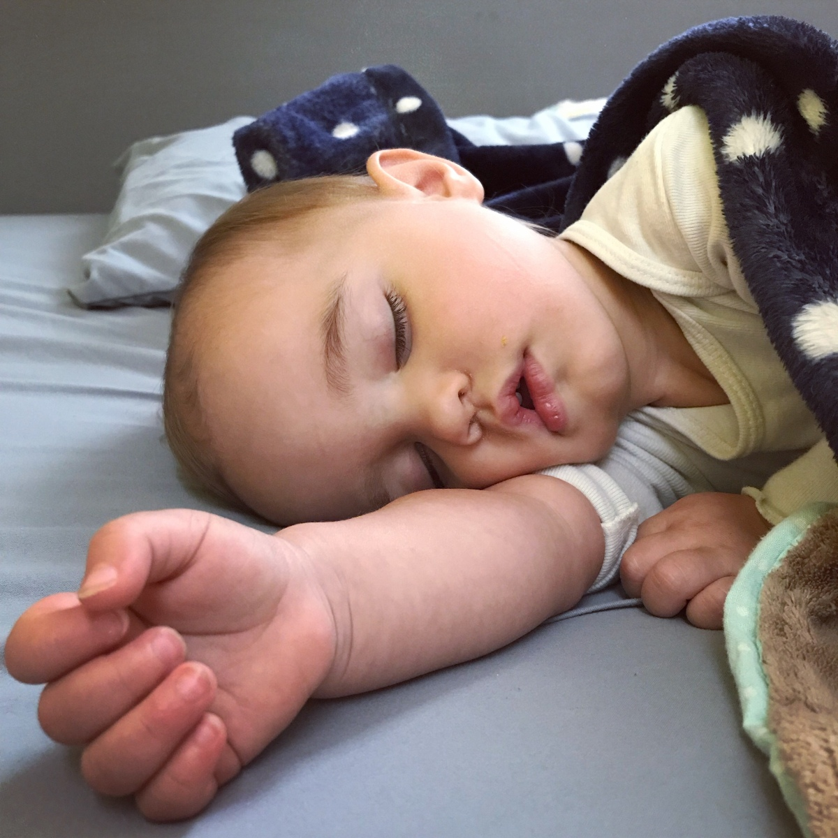 10 Thoughts I Have as I Rock My Toddler to Sleep