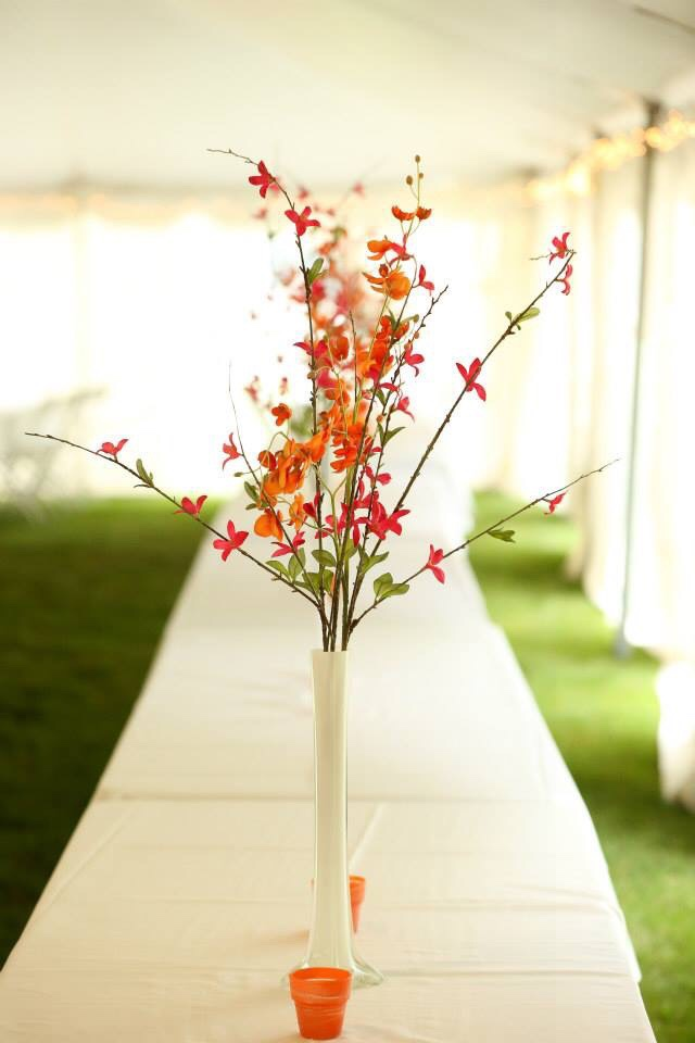 Orange and pink wedding centerpieces